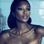 Naomi Campbell with glamazon lashes